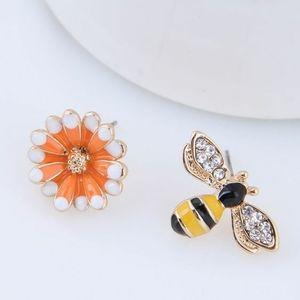 Bee and Flower Earings